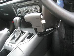 補助装置つき教習車画像
